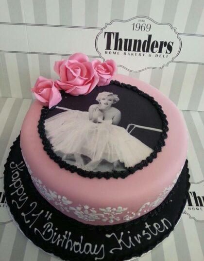 Thunders Marilyn Monroe cake