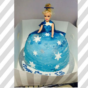 frozen-character-cake-1