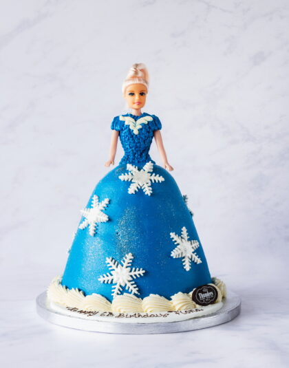 'Frozen' princess doll cake