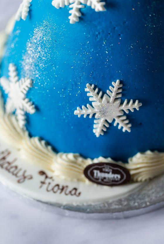 'Frozen' princess doll cake