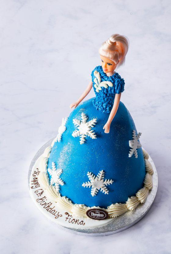 Thunders 'Frozen' Doll Cake